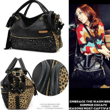 B9106 IDR.173.000 MATERIAL PU+SEQUIN SIZE L37XH35XW12CM WEIGHT 750GR COLOR LEOPARD