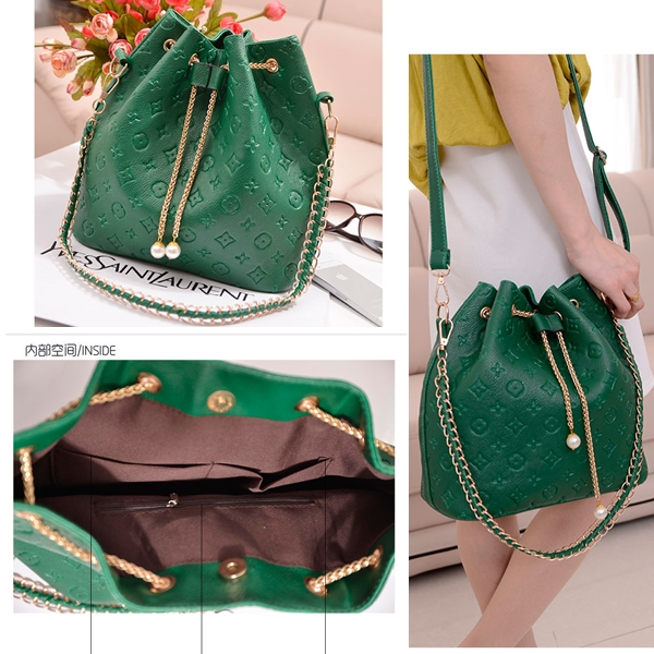 B9224 IDR.149.000 TAS FASHION MATERIAL PU SIZE L28XH29XW14CM WEIGHT 650GR COLOR GREEN