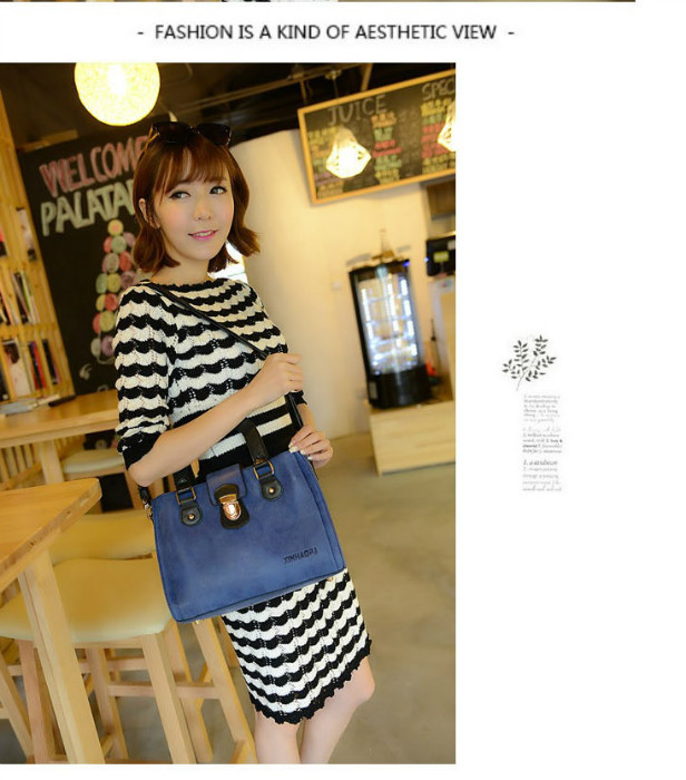 B978 IDR.195.000 MATERIAL MATTE PU SIZE L28XH20XW10CM WEIGHT 750GR COLOR BLUE