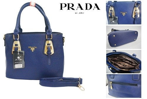 D39 IDR.215.000 MATERIAL PU SIZE L31XH24XW12CM WEIGHT 1100GR COLOR BLUE