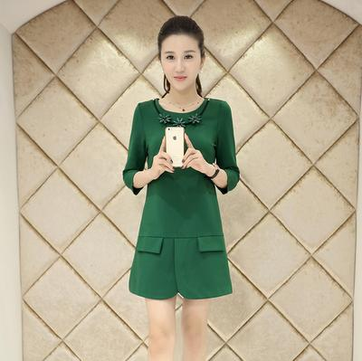 D8698-(INC-NECKLACE) IDR.144.000 MATERIAL COTTON-SIZE-M,L-LENGTH79CM,80CM-BUST84CM,88CM WEIGHT 300GR COLOR GREEN