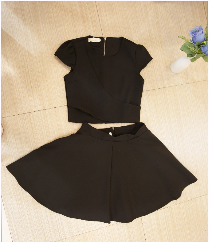 LS52793 IDR.173.000 MATERIAL POLYESTER-TOP39CM,BOTTOM50CM-BUST86CM WEIGHT 350GR COLOR BLACK