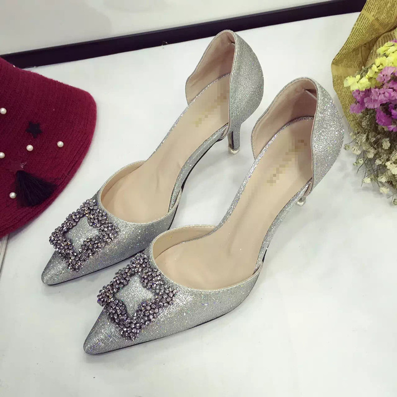 SH0006 IDR.240.000 MATERIAL PU-HEEL-7CM COLOR SILVER SIZE 35