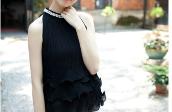 T36158 IDR.133.000 MATERIAL CHIFFON LENGTH 60CM BUST 75-96CM WEIGHT 250GR COLOR BLACK