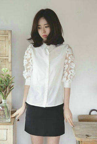T40014 IDR.122.000 MATERIAL SHIRT-COTTON-LENGTH60CM,BUST90CM WEIGHT 230GR COLOR WHITE