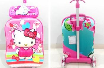 TA035 IDR 220.000 Tas Troli 3D Anak Sekolah Hello Kitty Pink 2in1 Size 32x12x40cm.jpg