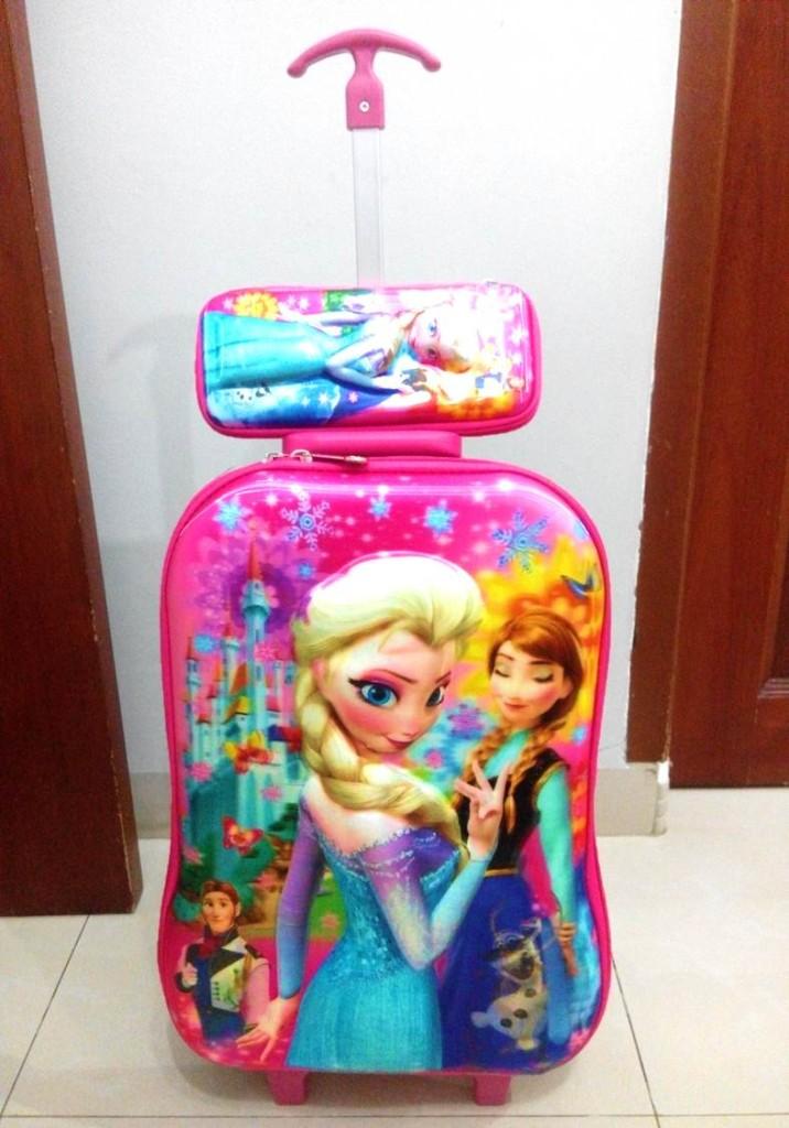 TA039 IDR 220.000 Tas Troli 5D Anak Sekolah Frozen Pink Size 32x12x40cm