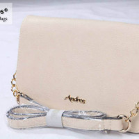 AB2871-IDR-170-000-MATERIAL-PU-SIZE-L26XH17XW10CM-WEIGHT-650GR-COLOR-BEIGE.jpg