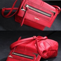 AB7960-IDR-235.000-MATERIAL-PU-SIZE-L33XH25XW13CM-WEIGHT-1000GR-COLOR-RED.jpg