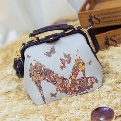 B0324 MATERIAL PU SIZE L22XH19XW16CM WEIGHT 600GR COLOR HEEL