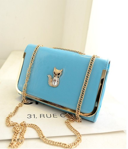 B1114 IDR.154.000 MATERIAL PU SIZE L26XH17XW10CM WEIGHT 500GR COLOR LIGHTBLUE