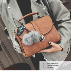 B1459 IDR.165.000 MATERIAL PU SIZE L23XH16XW10CM WEIGHT 600GR COLOR BROWN