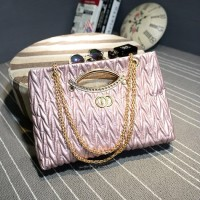 B1547 IDR.185.000 MATERIAL PU SIZE L37XH23XW8CM WEIGHT 650GR COLOR PINK