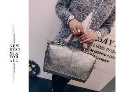 B1962-IDR-173-000-MATERIAL-PU-SIZE-L32XH21XW14CM-WEIGHT-700GR-COLOR-SILVER.jpg