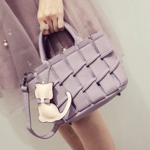 B2202 MATERIAL PU SIZE L22XH16XW10CM WEIGHT 600GR COLOR PURPLE