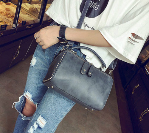 B2432 MATERIAL PU SIZE L22XH15XW13CM WEIGHT 700GR COLOR GRAY