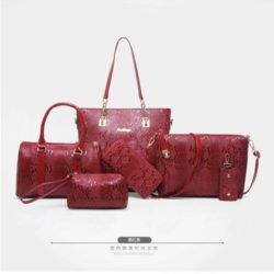 B2614 MATERIAL PU SIZE L34XH29XW11CM WEIGHT 1350GR COLOR WINE