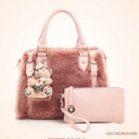 B2645 MATERIAL PLUSH SIZE L30XH22XW19CM WEIGHT 900GR COLOR PINK