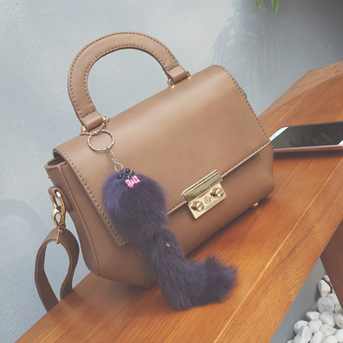 B2647 MATERIAL PU SIZE L25XH17XW10CM WEIGHT 600GR COLOR BROWN