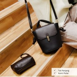 B2777 MATERIAL PU SIZE L22XG24XW14CM WEIGHT 600GR COLOR BLACK