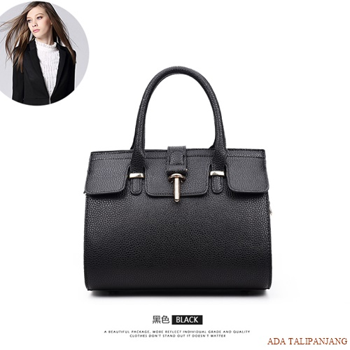 B2929 MATERIAL PU SIZE L26XH16XW15CM WEIGHT 800GR COLOR BLACK