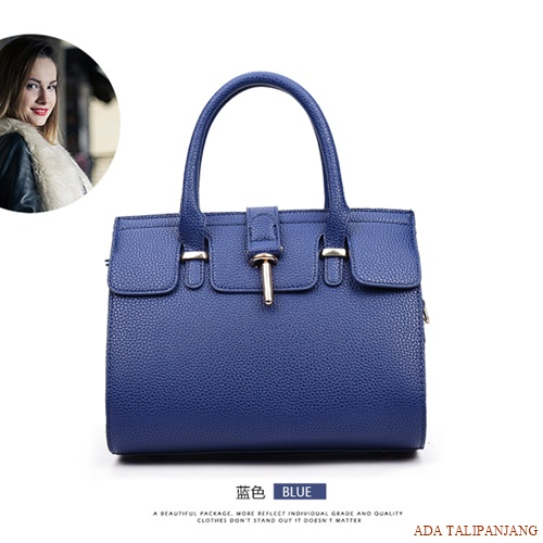B2929 MATERIAL PU SIZE L26XH16XW15CM WEIGHT 800GR COLOR BLUE