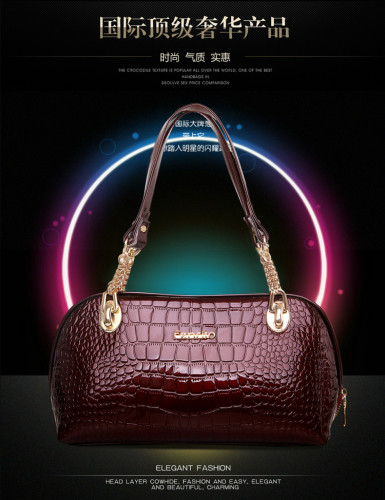 B457 IDR.215.000 MATERIAL PU SIZE L31XH18XW12CM WEIGHT 600GR COLOR WINE.jpg