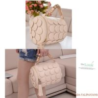 B591 MATERIAL PU SIZE L20XH18CM WEIGHT 650GR COLOR BEIGE
