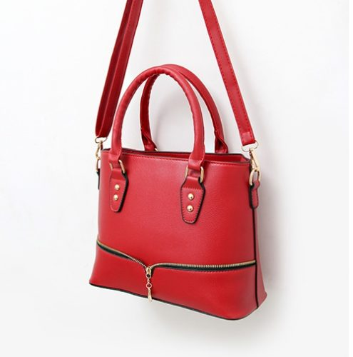 B598 MATERIAL PU SIZE L29XH23XW12CM WEIGHT 750GR COLOR RED