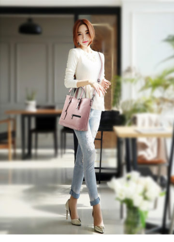 B683 IDR.195.000 MATERIAL PU SIZE L29XH30XW11CM WEIGHT 800GR COLOR PINK
