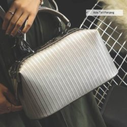 B8093 MATERIAL PU SIZE L30XH17XW16CM WEIGHT 700GR COLOR GRAY