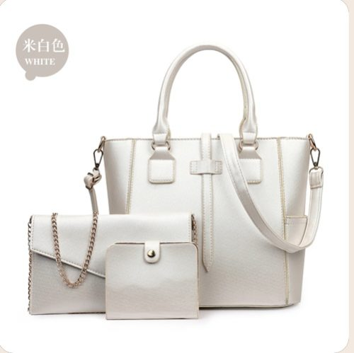 B8816 MATERIAL PU SIZE L34XH26XW14CM WEIGHT 1000GR COLOR WHITE