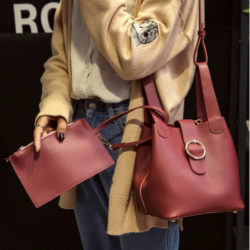 B8825165.000 MATERIAL PU SIZE L19xH20XW16CM WEIGHT 650GR COLOR RED