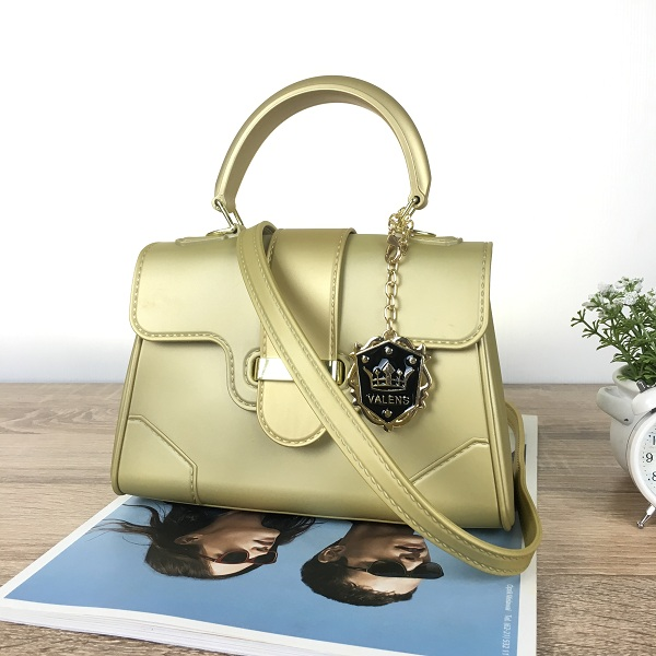 ... BOM4011 IDR.95.000 MATERIAL JELLY SIZE L21XH14XW8CM WEIGHT 550GR COLOR  GOLD 6db7d1d167